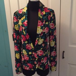 Silence + Noise UO one button floral blazer